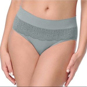 NWT WARNER'S Seriously Soft Seamless Hipster Panty